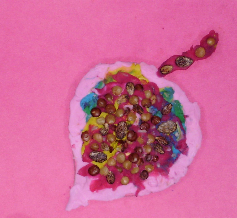 Поделки из крупы и пластилина - листочек